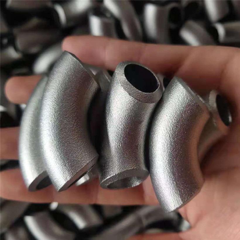 常年批发90度�w焊接碳钢弯头 热压弯头 合金厚壁弯头 骏坤管道实�I 力工厂』