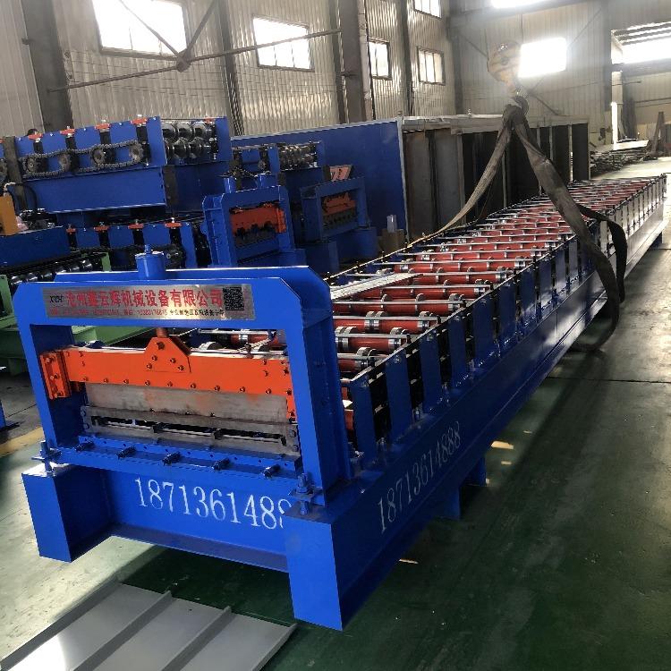 吊頂板機 快拼箱吊頂板機器 室內吊頂板831設備 彩鋼壓瓦機 鑫云輝機械
