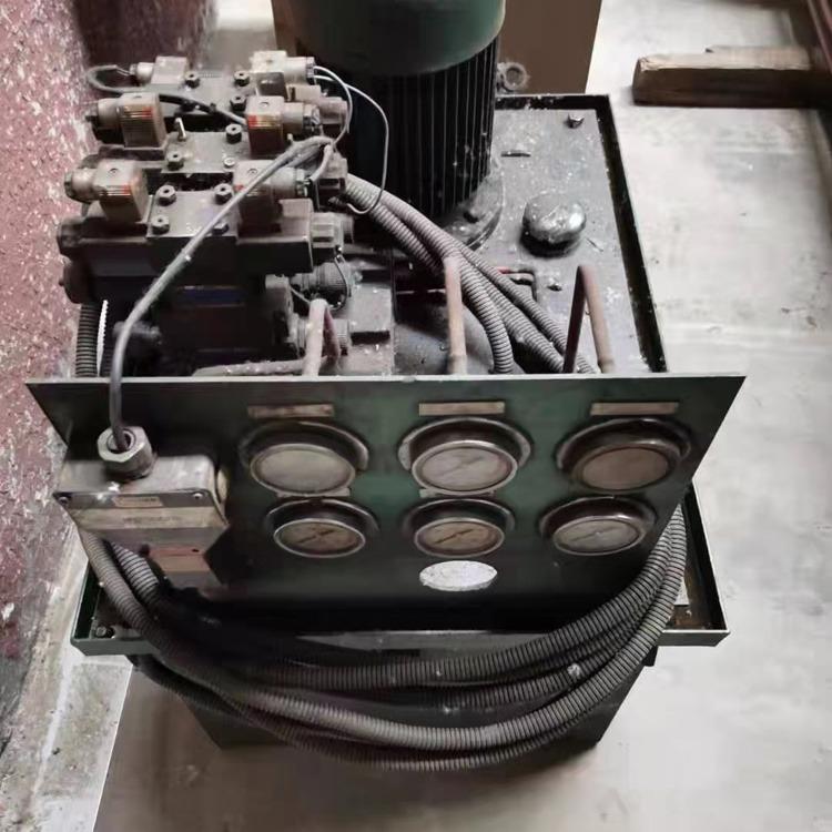 攬勝 出售 液壓卷板機 50x2500二手卷板機 可預彎不回圓
