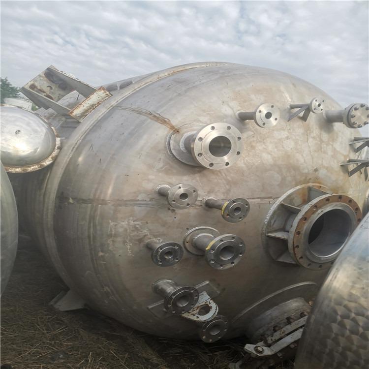 處理二手反應釜 6300升搪瓷反應釜 二手高壓反應釜 型號齊全